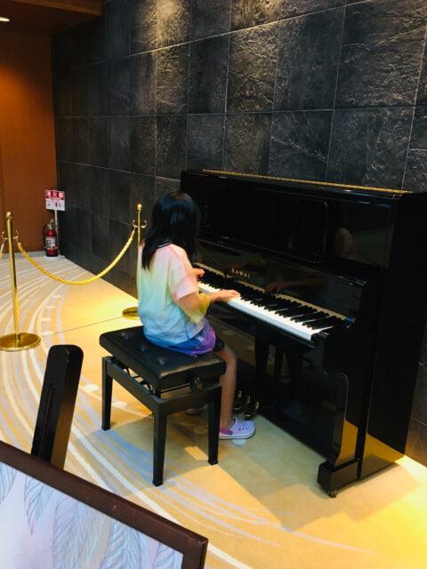 東鳳ストリートピアノ01